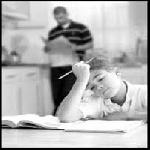 281475x150 - دانلود تحقیق بررسي ميزان همبستگي بين اختلافات خانوادگي و افت تحصيلي فرزندان